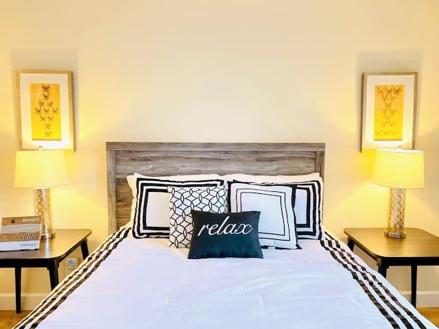 Cozy Comfort Retreat - Entire Condo