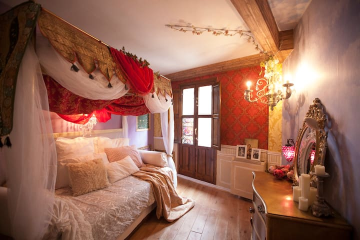 ★BAROQUE★MAGICAL BOUTIQUE ROOMS Centro Histórico