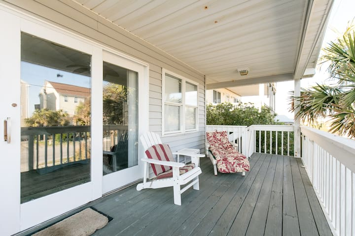 Topsail Island Beach Cottage - Surf City - Huis