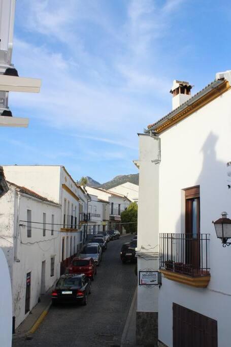Casa en el centro del pueblo. Vistas desde el balcón.