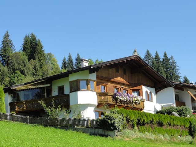 Chalet  Mountain - VIEW - Oberau - Dom