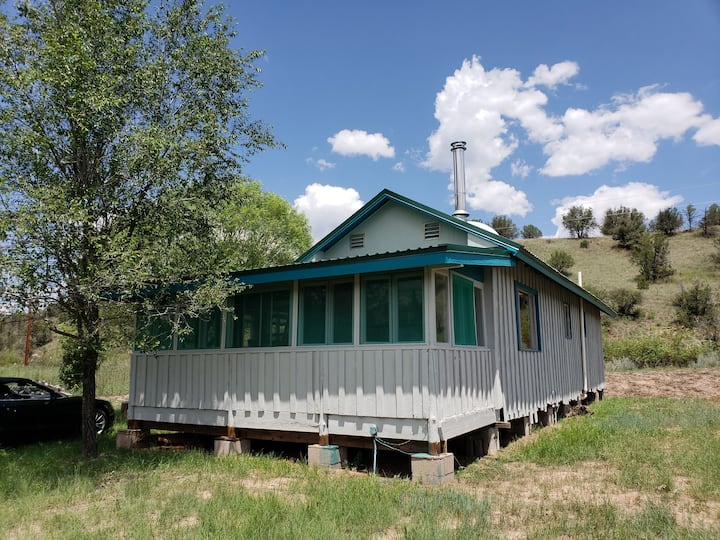 Scenic Lake Robert's Nature Mountain Cabin