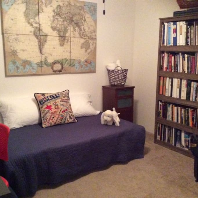 Private room with futon sleeper