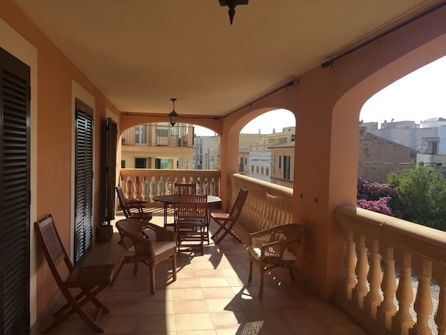 Apartamento con gran terraza en el sur de Mallorca - Colònia de Sant Jordi - Appartement