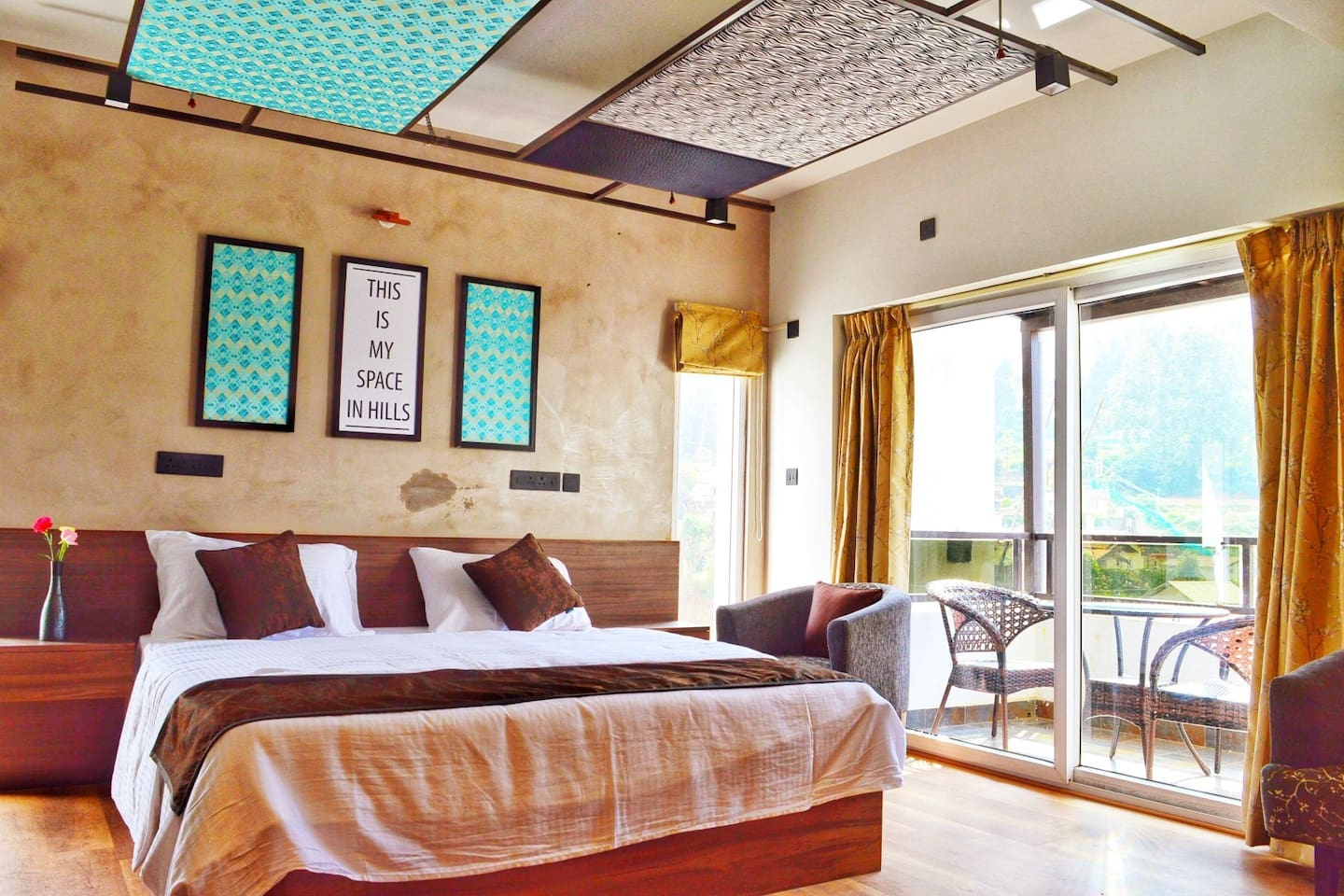 Parquet Flooring & Balcony Sunlight keeps your room in a warm temperature!!
