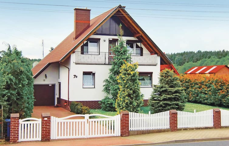 Holiday cottage with 3 bedrooms on 180m² in Kolczewo