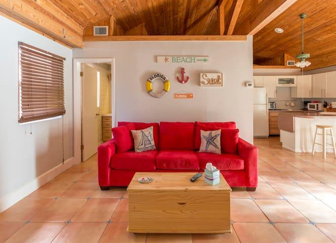 Beachfront Getaway at Casa al Mar - Redington Shores - Dům pro hosty