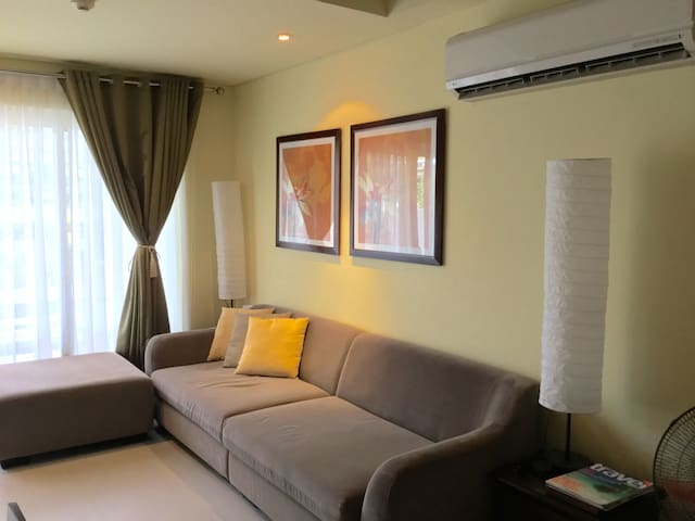 Expat holiday home 2 bedroom loft at Pico de Loro - Nasugbu - Appartement