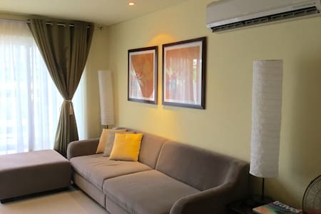 Expat holiday home 2 bedroom loft at Pico de Loro - Nasugbu