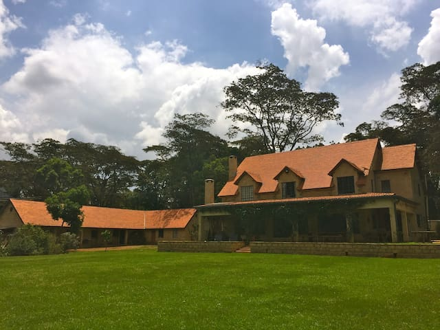 British family home in leafy Karen - Nairobi - Dům