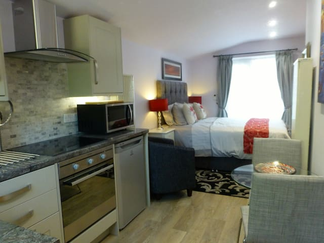 Jasmine Lodge - Waterbeach - Apartment