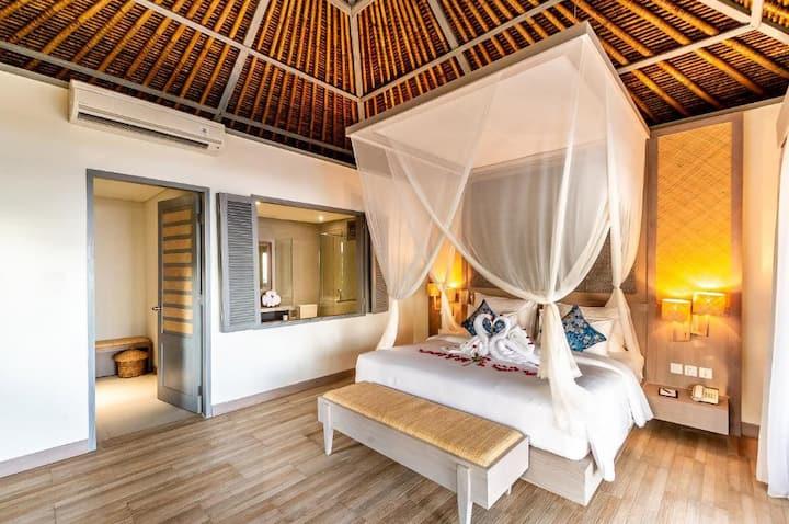 1BDR Villa with Ocean View Candidasa