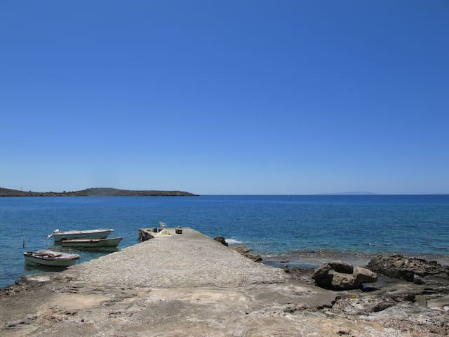Hotel Akrogiali, Lykos Bay, Crete, Greece - Loutro - Hospedaria