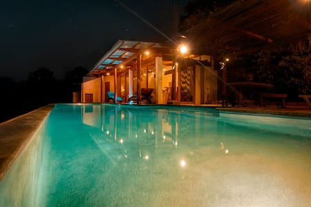 Casa Francesca - Villa with pool, view of Pacific