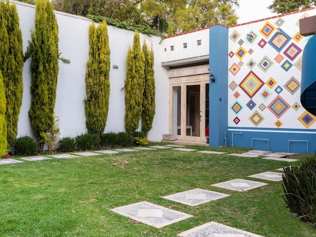 Casita independiente en Coyoacán, acceso a jardin