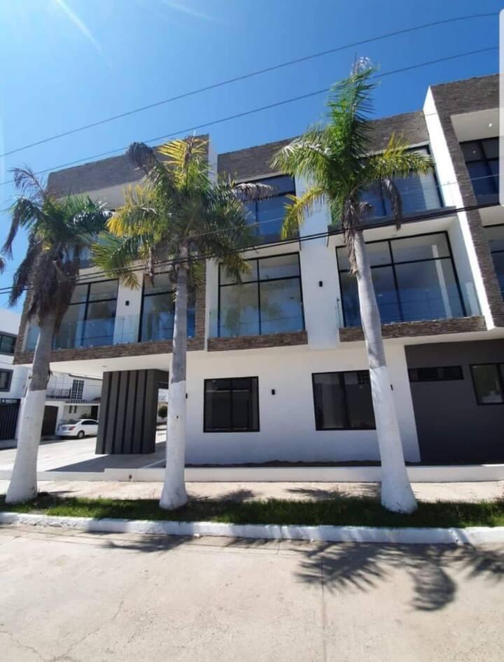 Entire apartment - Zona Dorada  (2 bedrooms)