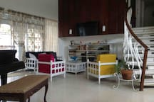 Terrace House on Mayon Av:  Mezzanine with 3 rooms