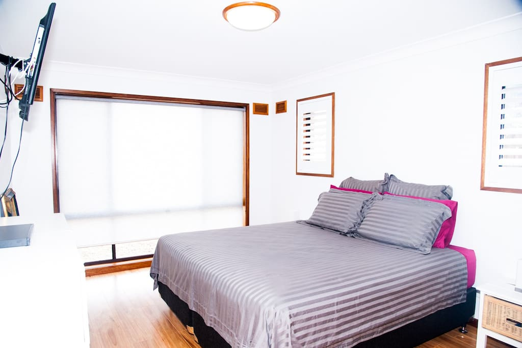 Main Bedroom - King Size - very comfortable