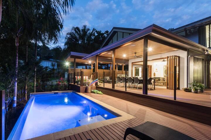 Trito Oceans Edge | Luxury Holiday House