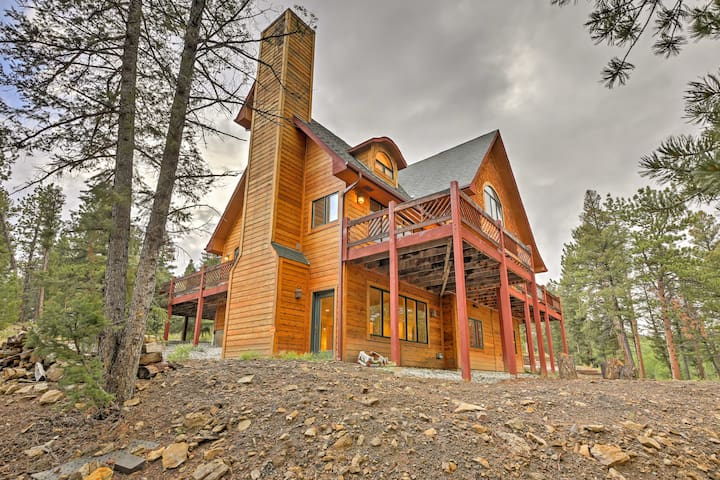 New! 6BR 'The Miracle' Hartsel Home on 13 acres!