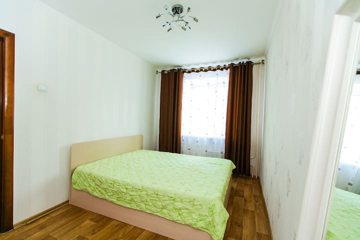 Юбилейная 85 HEY HOME Домашние Апартаменты - Tolyatti - Apartment