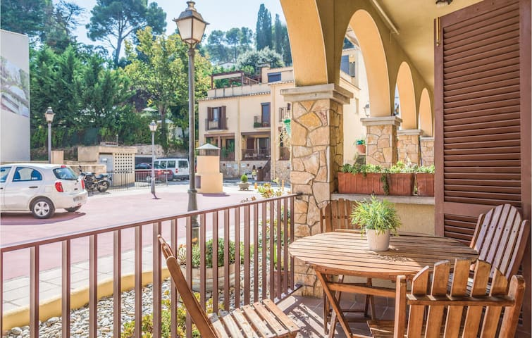 Holiday apartment with 2 bedrooms on 35m² in Tossa de Mar