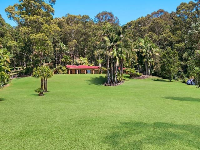The valley in -2.5 acres house - Glenning Valley - Casa