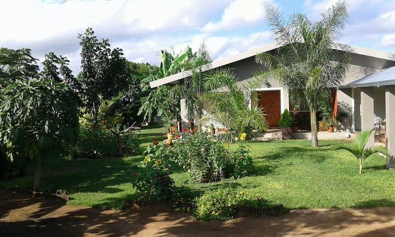 Gemütliches Zimmer in Tsumeb - Tsumeb - House