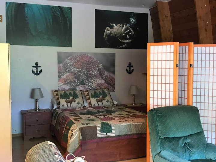 Anchors Away furnished home away from home!