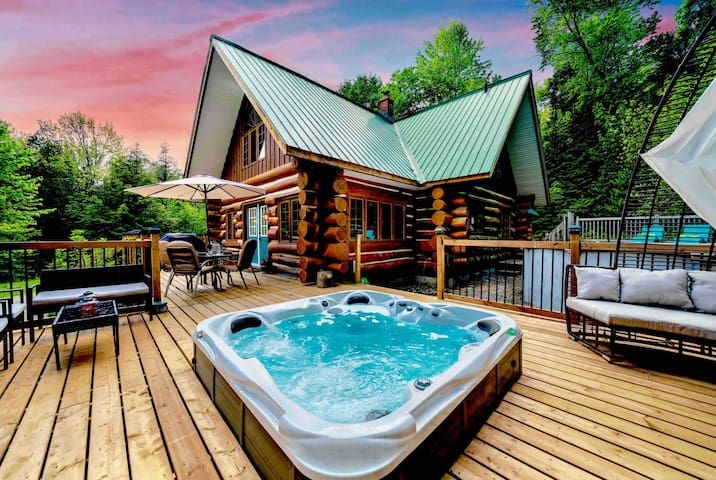 Muskoka♥Log♥Cottage♥Forest♥Pool♥Arrowhead♥Hot-Tub