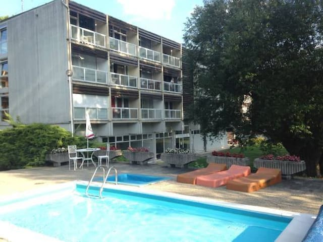 1-Roomapartman with swimming pool