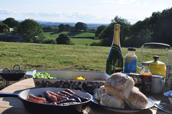 Willow Bell tent - Glamping on a Dorset dairy farm