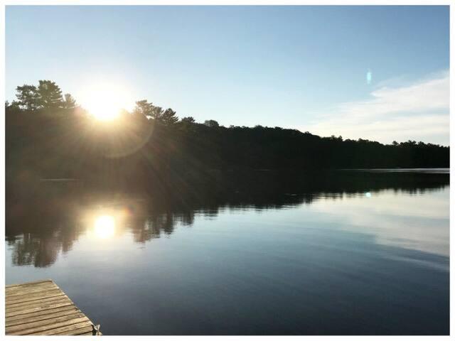 Silver Lake Waterfront Cottage