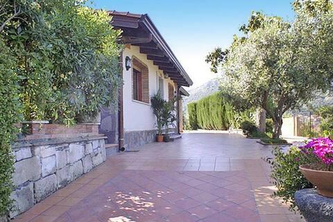 Oasis with a view in Francavilla di Sicilia
