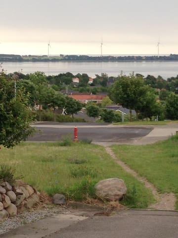 Udsigtsvilla, (URL HIDDEN) - Kalundborg - บ้าน