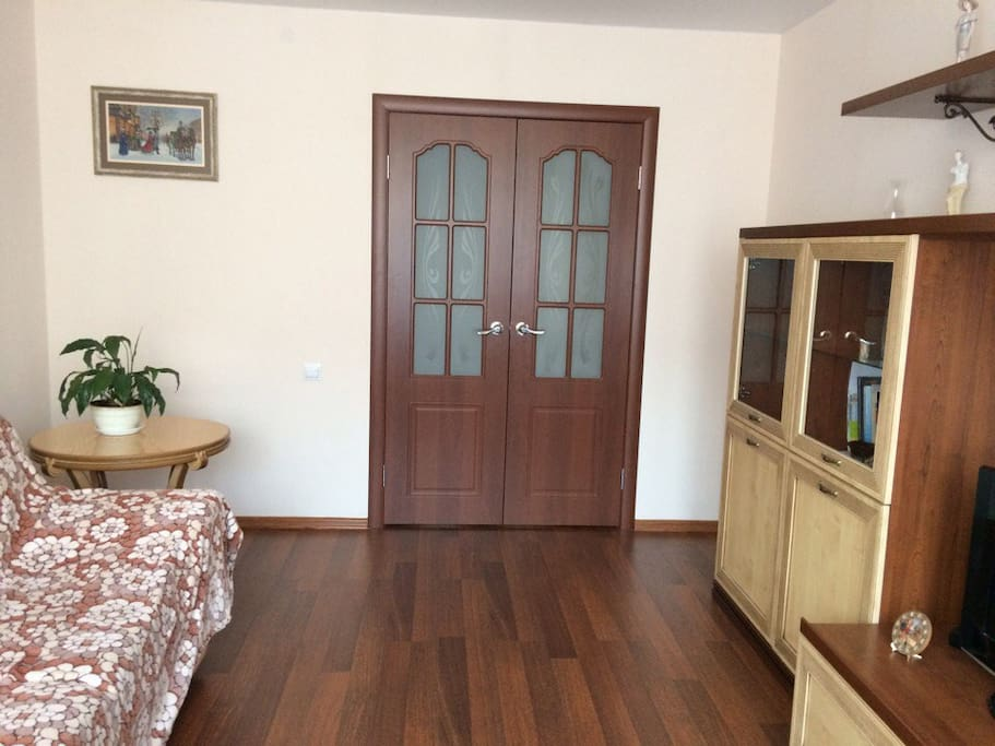 Flat is not far from stadium (12-minute walk)