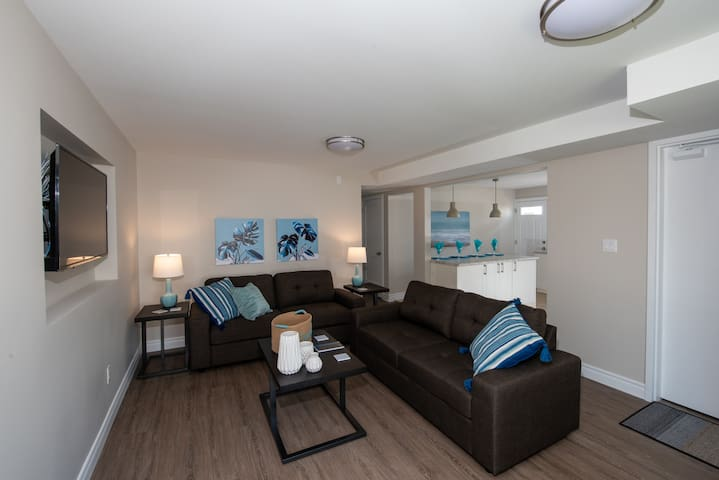 The Whirlpool - Suites by the River's Edge