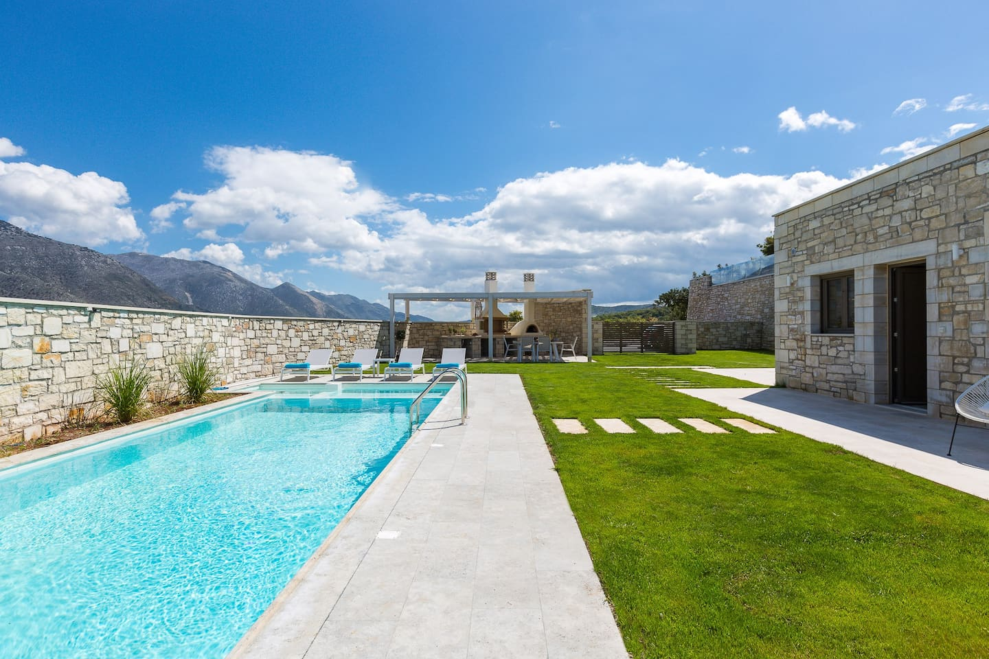 Impressive natural beauty and impeccable countryside views meet the luxurious Thalmargia Villa I,  nestled in the picturesque, historical village of Episkopi.