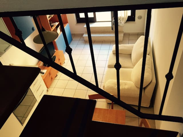 Appartamento confortevole su due piani - Civitanova Marche - 公寓