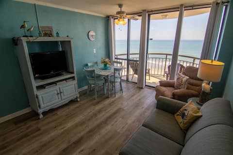 Newly Renovated Condo in the heart of Myrtle Beach! Oceanfront, Close to everything! 1103