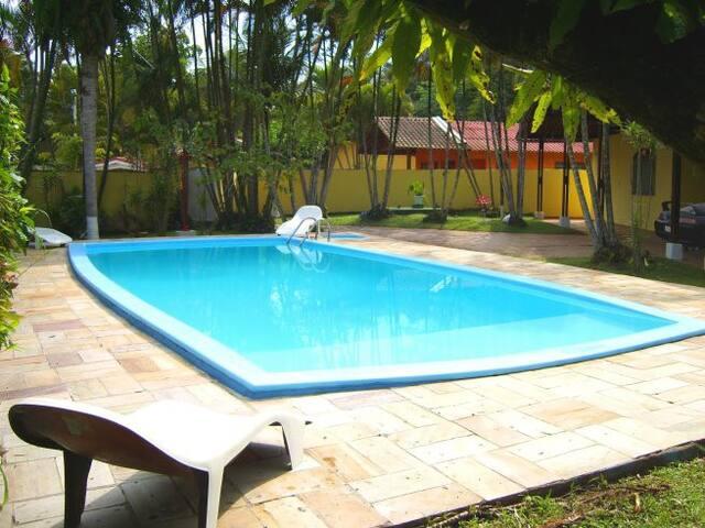 Casa com piscina Residencial Costa do Sol