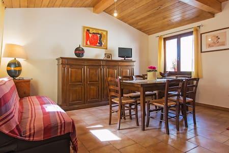Wooden House Santu Predu - Hus