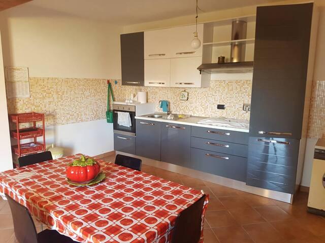 Villa Gaia 180 mq. con cortile e giardino