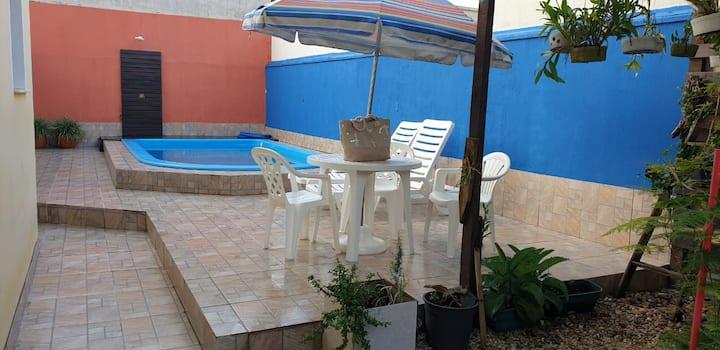 Suite casal - casa com piscina, próx da praia(4)