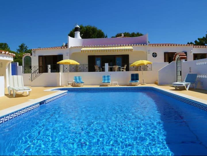 Casa Cristina - Private Heated Pool, Sea Views & Walking Distance To Beach
