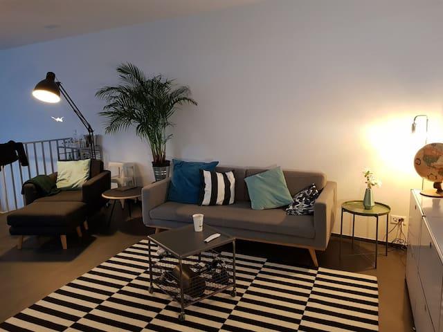 Livingroom (shared)