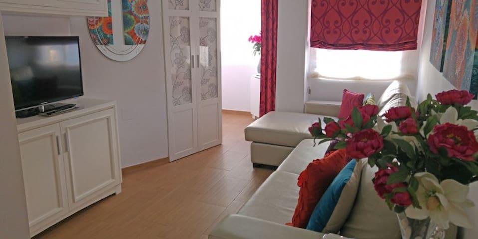 Bonito y tranquilo Apartamento en la Costa del Sol - Torre del Mar - Daire
