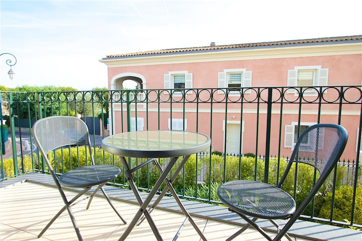Lovely 2 BR Apt Luxe near Seaside and Center 102 - Saint-Jean-Cap-Ferrat - Apartmen
