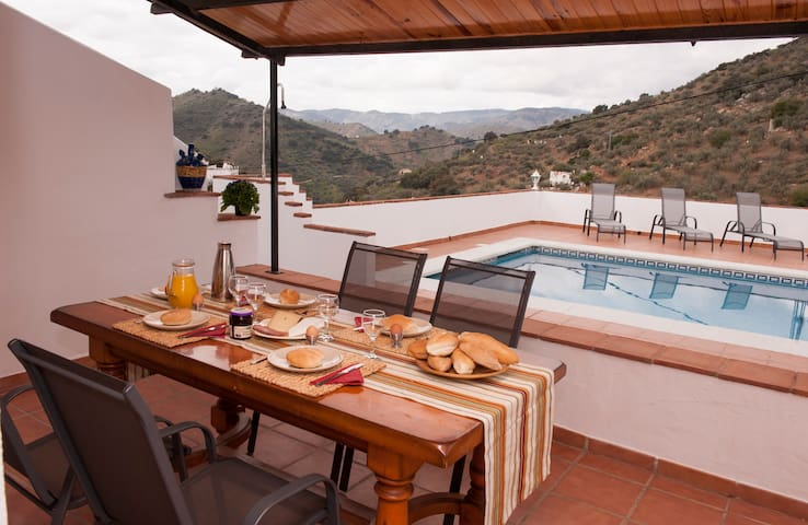 Spanish Casita with big private pool! - Comares