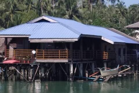 Zimmer an der Wasser-Lianga-Bucht